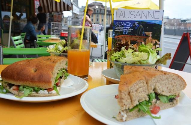 Déjeuner healthy à Lausanne