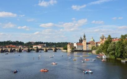 Magnifique vue sur Prague et son pont Charles