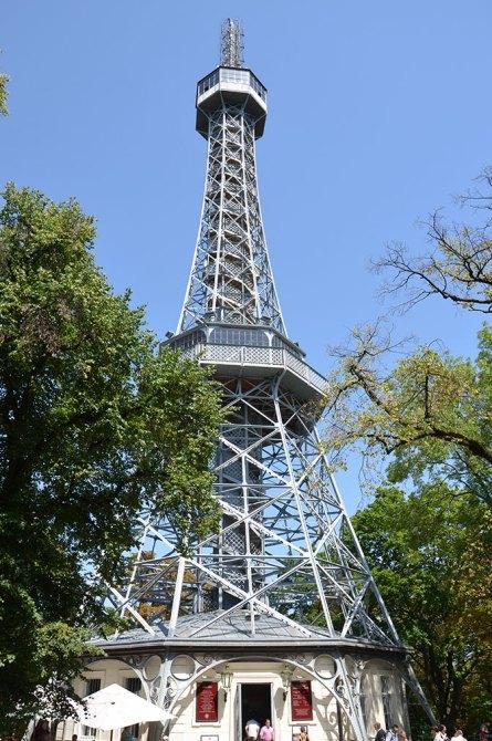 Tour de Petrin, la mini Tour Eiffel de Prague