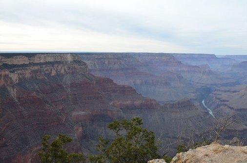 Vue sur le Colorado et le Grand Canyon depuis le Mohave Point