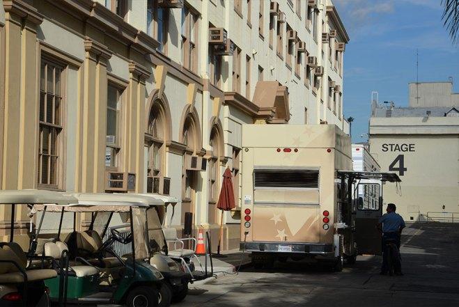 Camion devant les Paramount Studios, Los Angeles