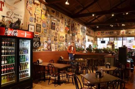 Intérieur d'un café en bord de Route 66, Seligman