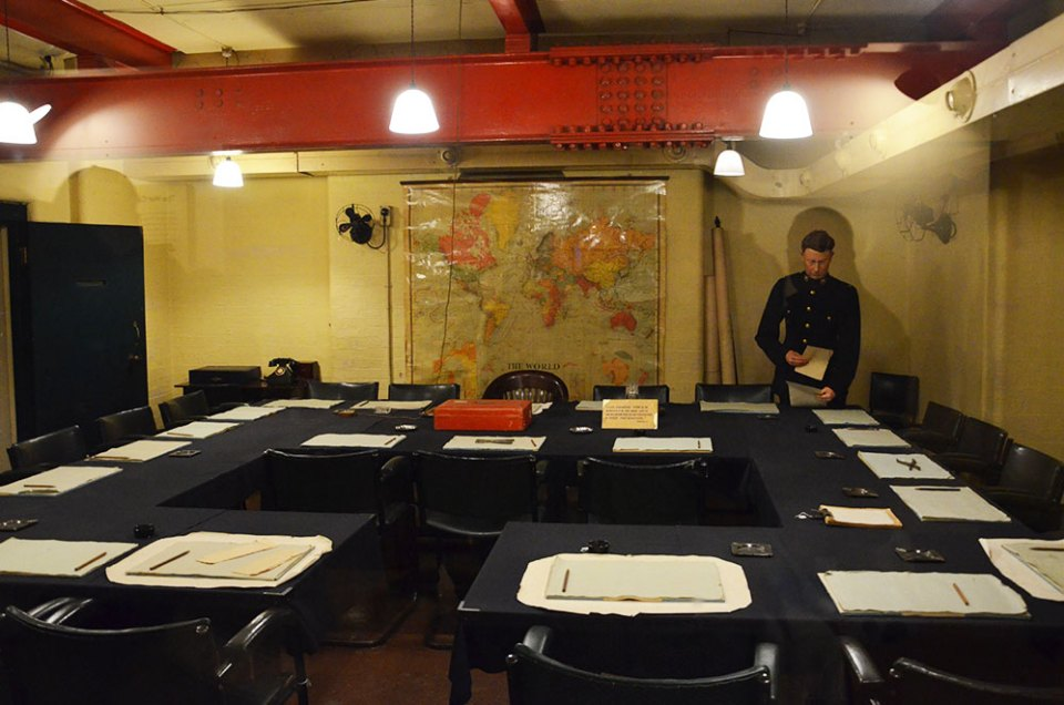 Salle de réunion du bunker des Churchill War Rooms, Londres
