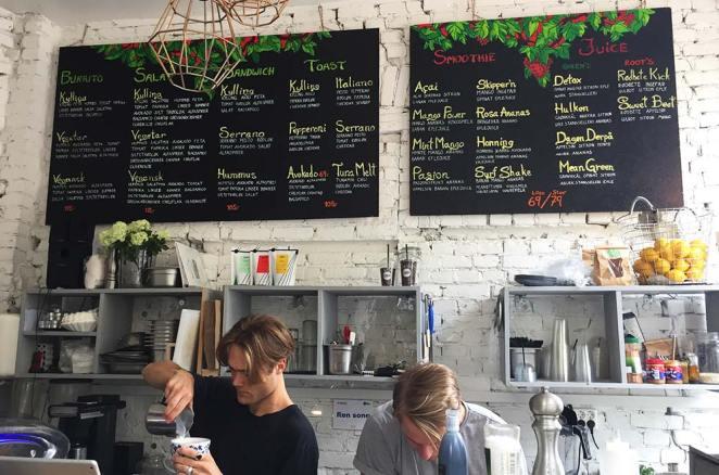 Intérieur du très en vogue Frogner Café d'Oslo