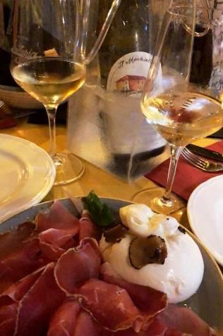 Repas dans une Latteria dans le quartier de Trastevere, Rome, Italie