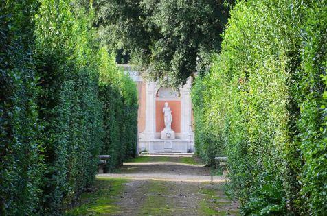 Sculpture dans les jardins de la Villa Medicis, Rome, Italie