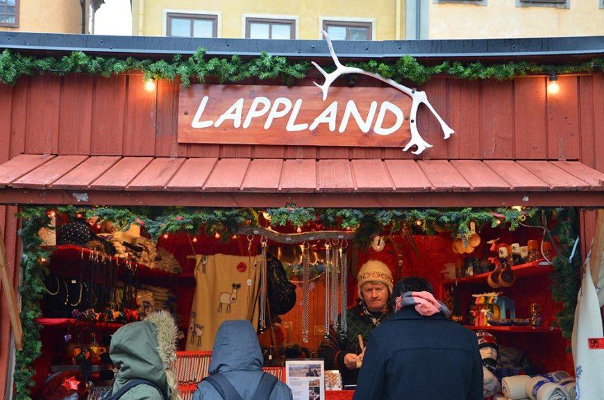 Marché de noël, boutique de vêtements de Laponie, Stockholm, Suède