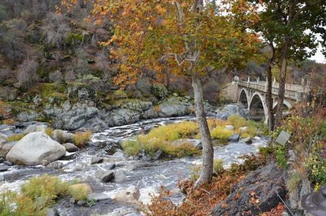 Vue depuis le restaurant Gateway, Three Rivers, Sequoia National Park