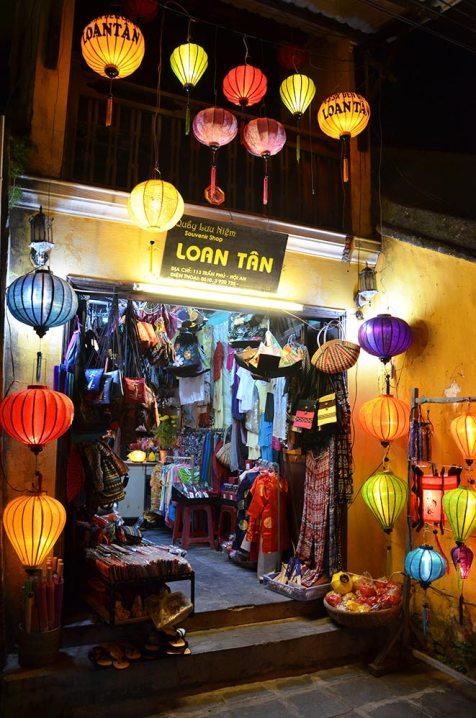 Devanture d'un magasin à Hoi An, Vietnam