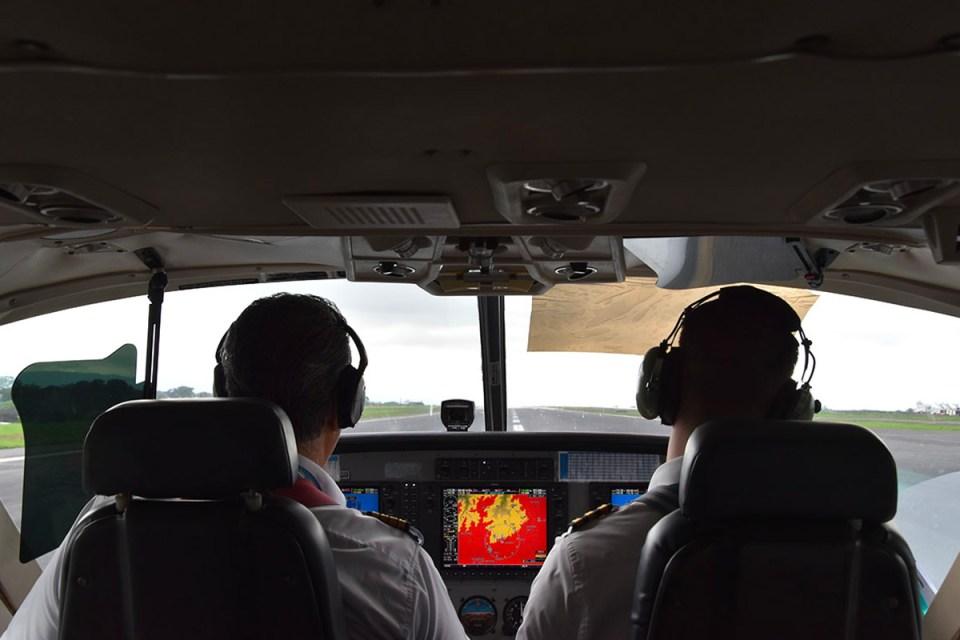 Vue sur le cockpit de l'avion direction San José, Costa Rica