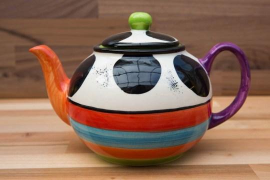 Hi-Life Gaudy extra large teapot in Spot