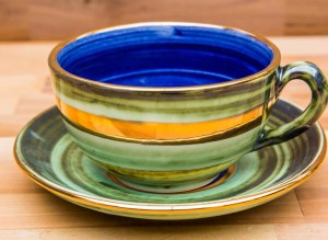 Lustre Horizontal cup and saucer in No.09