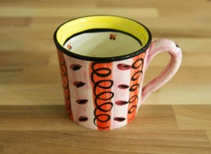 Vertical Stripey wide mug in red
