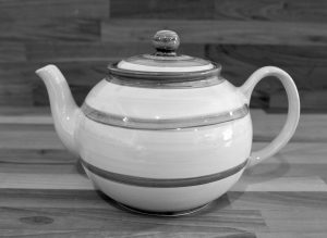 Splash extra large Teapot in Lime Green