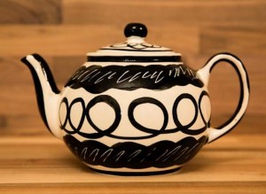 Black and White extra large teapot in Scribble