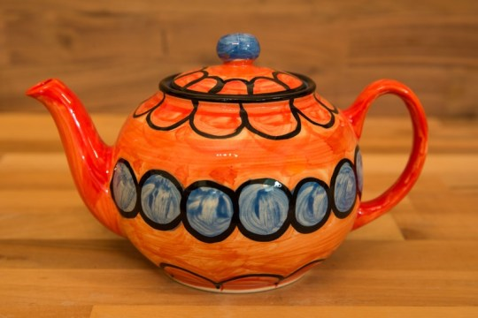 Fruity medium teapot in Red