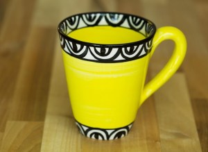 Aztec small tapered mug in yellow