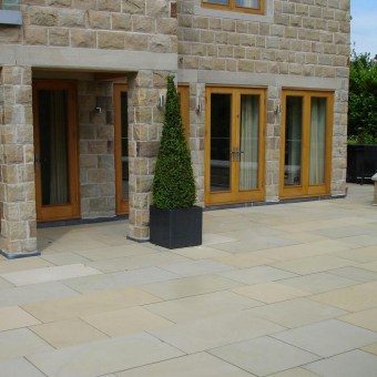 Sawn yorkstone patio
