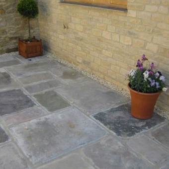 Standard reclaimed yorkstone patio