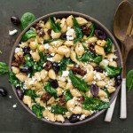 Spinach and Feta Chickpea Shells with Sundried Tomatoes and Kalamata Olives