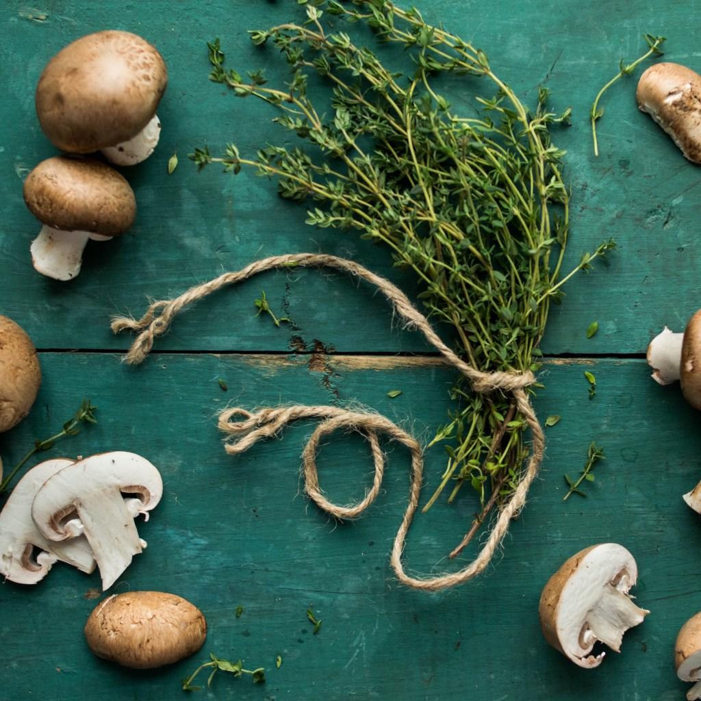 thyme mushrooms