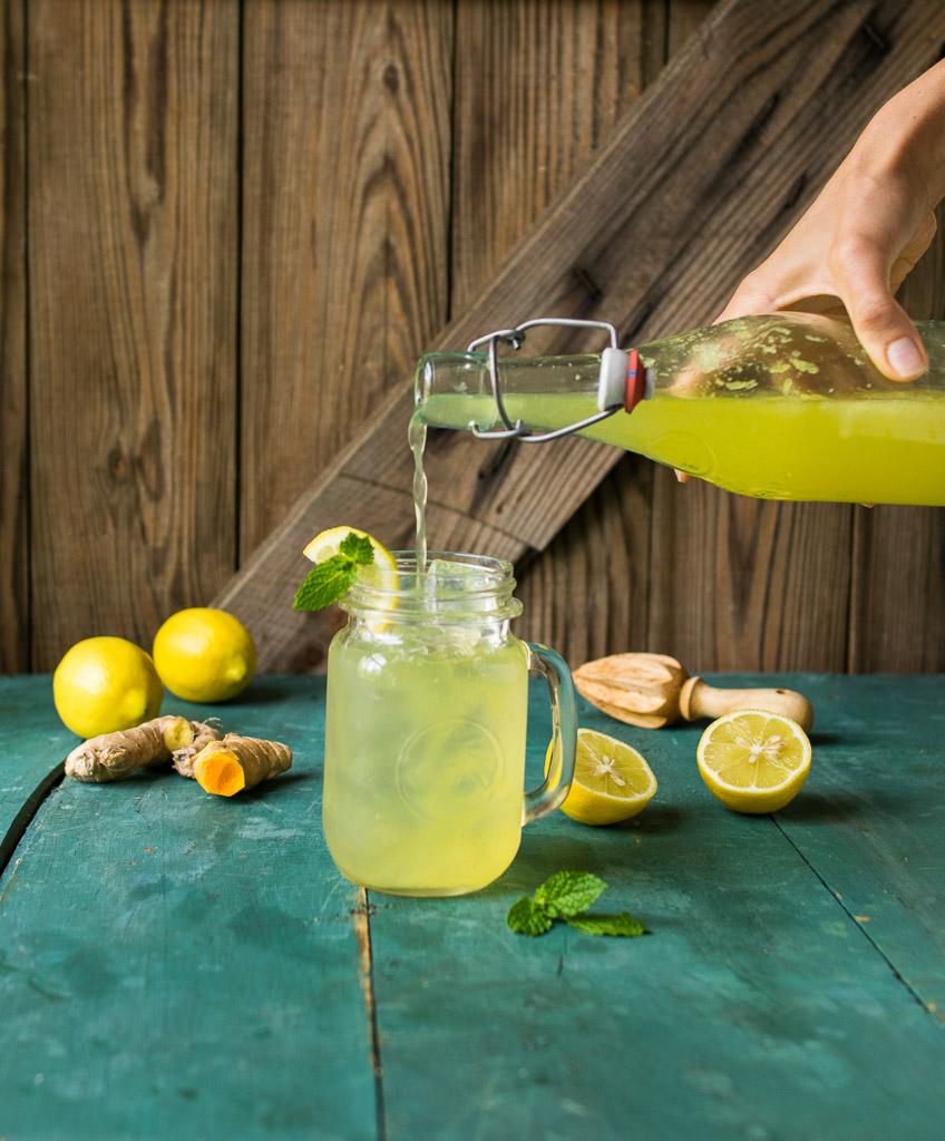 Sparkling Ginger Turmeric Lemonade