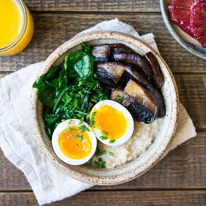 Savory Oatmeal with Spinach and Mushrooms