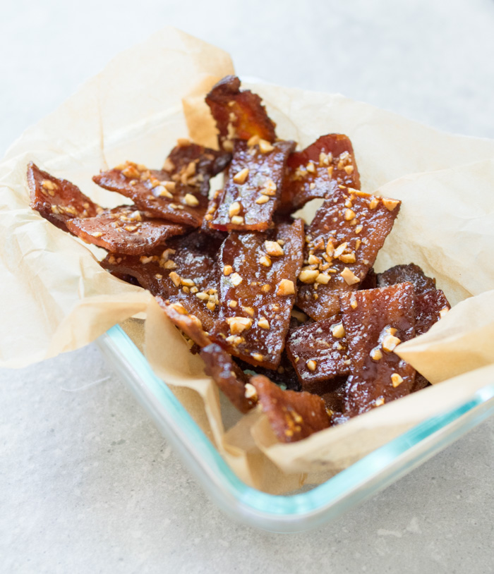 Paleo Candied Bacon with Cashews | Reclaiming Yesterday