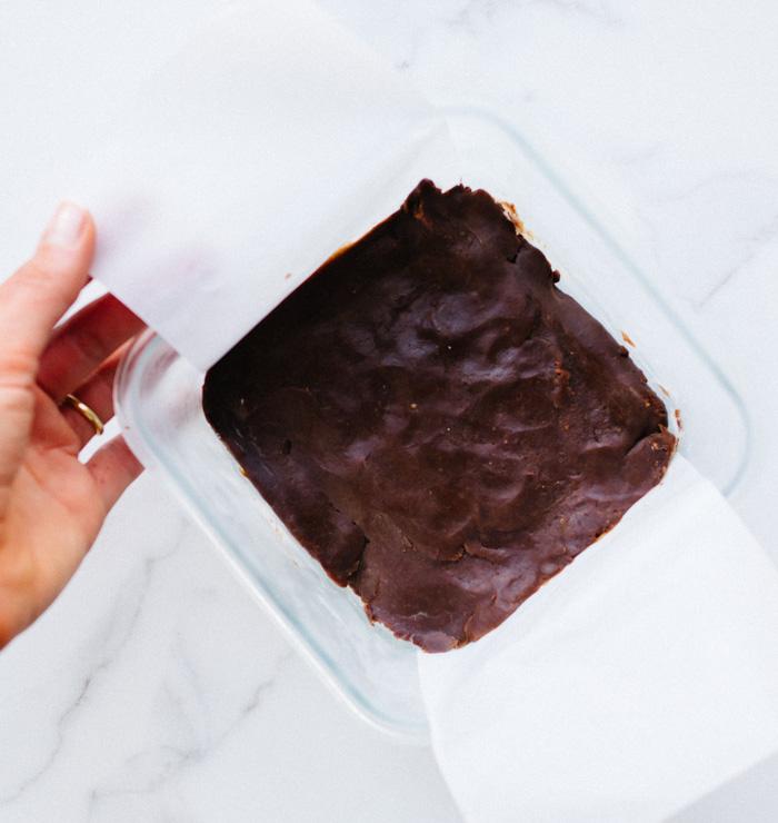 Chocolate Mint Fudge CBD Oil Bites (Paleo) } Reclaiming Yesterday