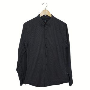 Camisa cinza com padrão quadrados | reCloset roupa em segunda mão