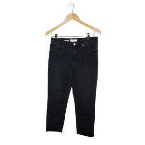 Calças de ganga pretas com dobra desfiada - reCloset roupa em segunda mão