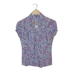 Blusa florida lilás - reCloset roupa em segunda mão