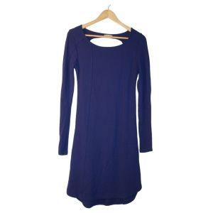 Vestido em malha azul de manga comprida e costas abertas - reCloset roupa em segunda mão