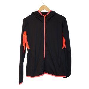 Casaco de desporto preto com detalhes rosa - reCloset roupa em segunda mão