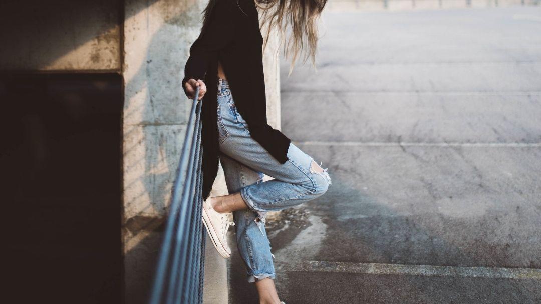 Jeans – #6 Dos pés à cabeça