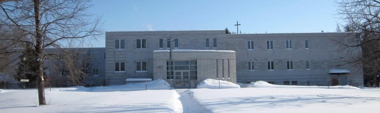 monastère hiver devant