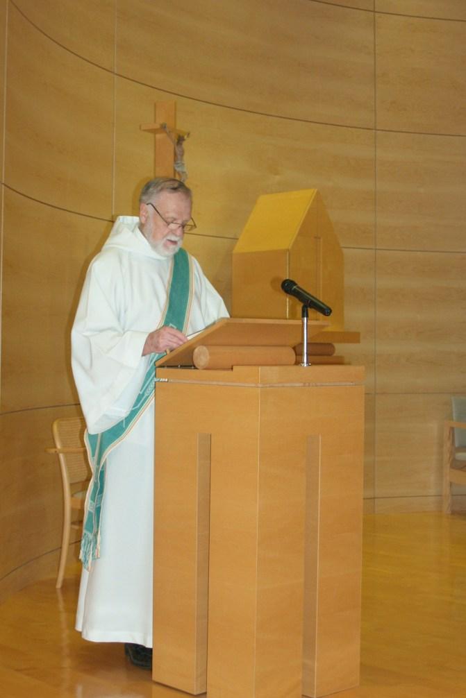 Proclamation de l'Évangile par Roger Dubois, diacre