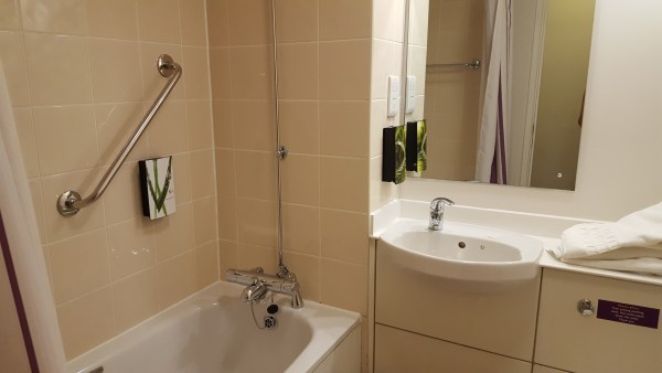 Premier Inn Bridge Street Canal Side Bathrooms