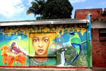 Andrea M. ist für dieses wahnsinnig tolle Wandgemälde veantwortlich.