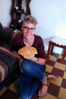 Dieses süße, fladen-pfannkuchen-artige Gebäck ...