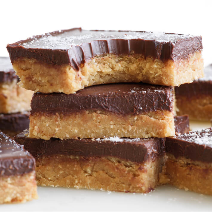Keto No-Bake Chocolate Peanut Butter Bars