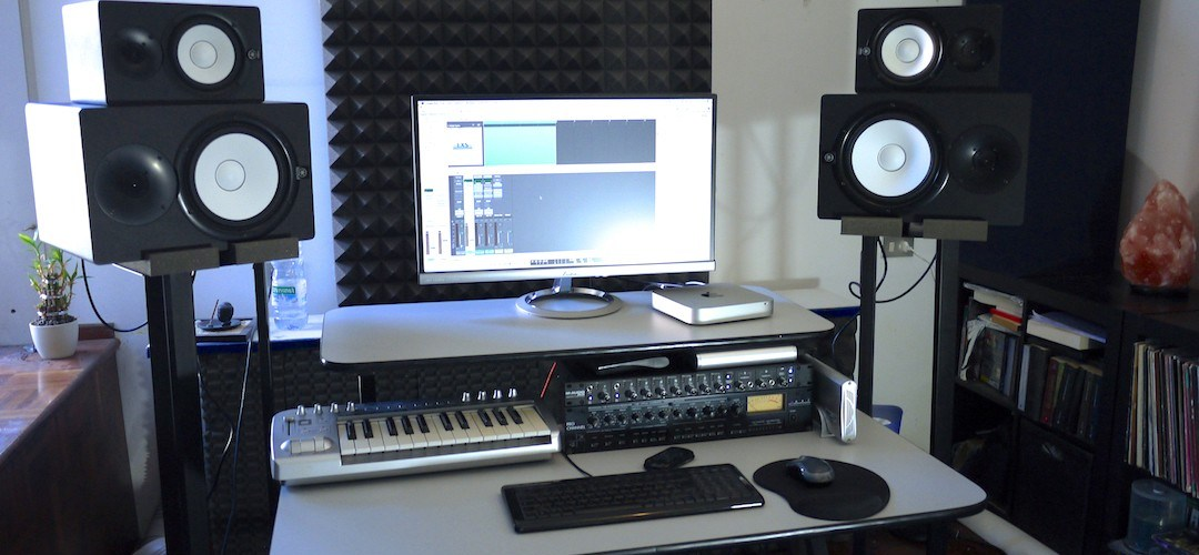 While listening to music in a comfortable space may be enjoyable, the accuracy of our listening environment is extremely important. Read on for 10 hacks to improve your home recording studio environment.
