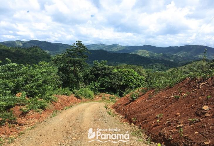 road to Kalu Yala