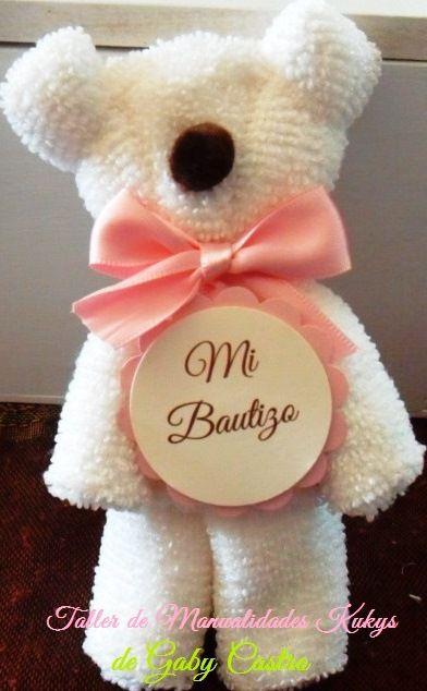 Recuerdos de Bautizo niña osito blanco de tela tipo toalla