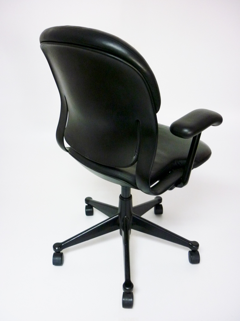 Leather Boss Plus Black Chair Executive