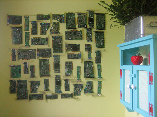 Best I love circuit boards and so when I saw what this fab designer from the blog Five Green Acres did with them I wanted to share it with you all