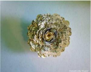 border punch paper flower