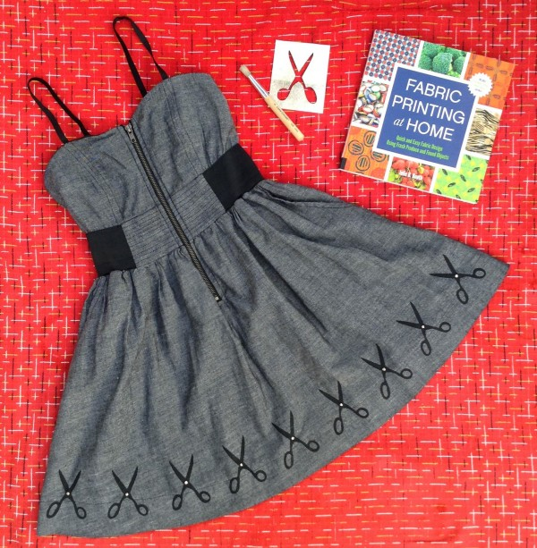 how-to-freezer-paper-stencil-dress-scissors (1)