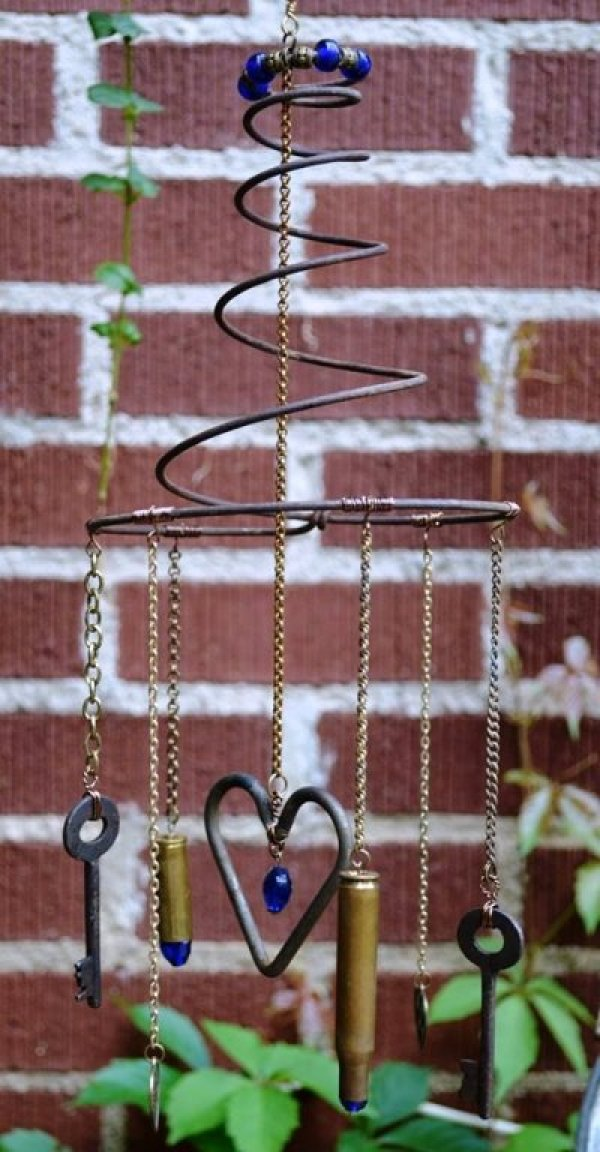7 Ways To Reuse Old Bed Springs Recycled Crafts