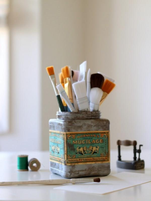 Faux Vintage Tin from Plastic Tub via homework (4)_thumb